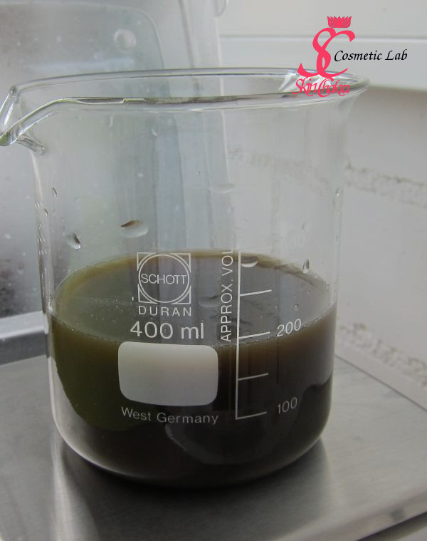 herbal-extract-after-first-filtration